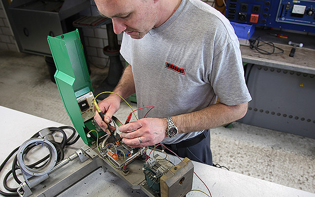 Leister Plastic Welding - Service and Repair